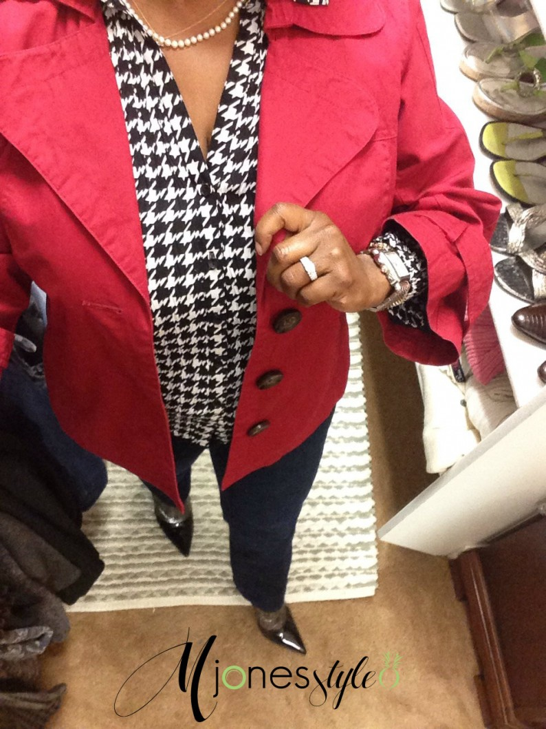 #houndstooth#redjacket