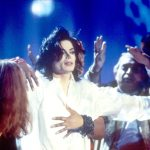 michael-performs-earth-song