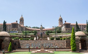 8230911806_731cae6ed4_pretoria-union-buildings