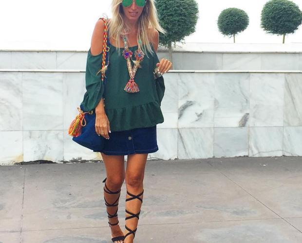 #Repost @mimi_blog with @repostapp. ・・・ Mi outfit de hoy con bolso de @moniquenijman y collar de @designedbyamk  #ootd #outfit #style #bag #sac #jeans #Wayuu #wayuustyle #neacklace #bracelets #jewelry #streetstyle #inspiration #instalook