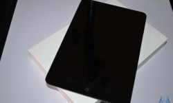 Apple iPad mini (4)