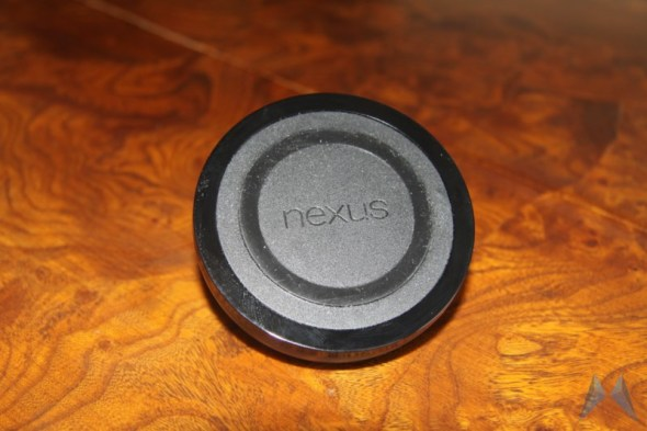 Nexus 4 Wireless Charging Orb (2)