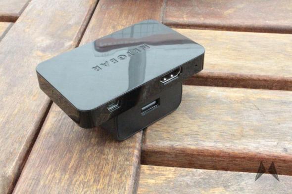 Netgear P2TV 3000 Miracast WiDi IMG_2703
