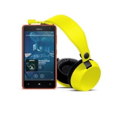 1200-1-nokia_lumia-625_yellow_with_boom 4