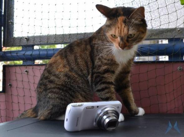Samsung Galaxy S4 Zoom (7)