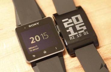 Pebble vs. Sony Smartwatch 2 _MG_7189