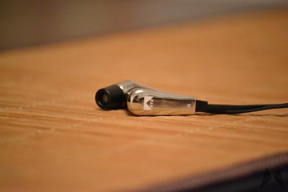 XTZ EarPhone-12 02