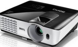 BenQ TH681 Full HD 3D DLP-Projektor (144Hz Triple Flash, 1920x1080 Pixel)