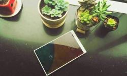 HiSense Tablet Edge-to-Edge 01