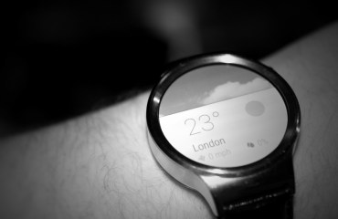 huawei watch header bw