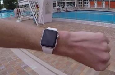 Apple Watch Schwimmbad