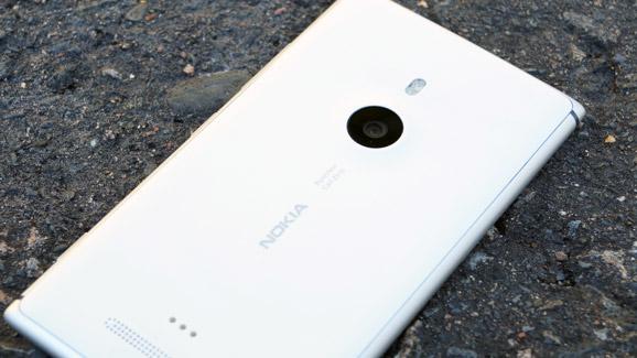 Lumia_925_1