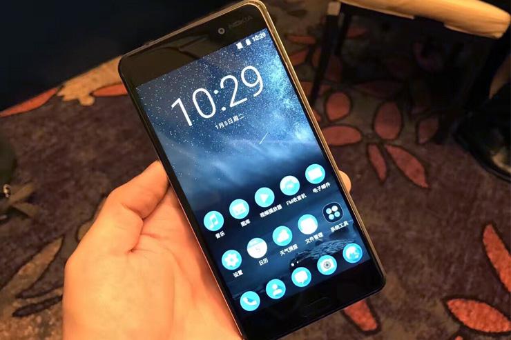 Nokia 6, live