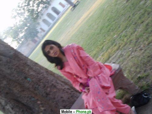 Pakistani Beautiful Girl Wallpaper Beautiful Desi Ayesha Wallpapers Mobile Pics