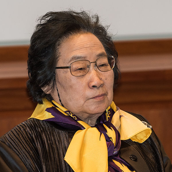 Nobel prize to Tu Youyou's for medicine in China