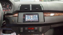 BMW X5 Radio Replacement