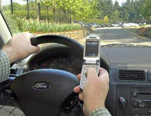 Americans in Favor of Ban on Texting While Driving