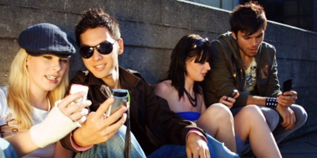Text Messaging Makes Teens Value Speed over Accuracy
