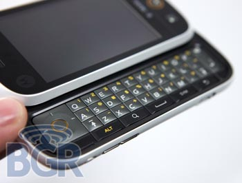 Extensive Preview of Motorola Cliq Android Phone