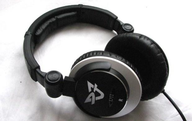REVIEW - Ultrasone DJ1  S-Logic Headphones