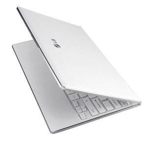 LG X300 UltraSlim Netbook PC in White