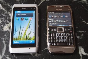 nokia-n8-sidecompare
