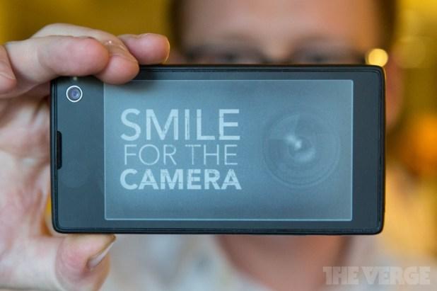 yotaphone smile