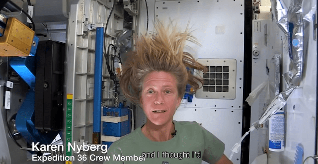 space-hair-wash