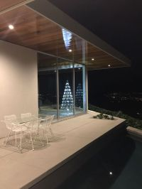 Palm Springs Mid-Century Modern Holiday Decor - Modern ...
