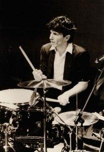 Bruce Gary : Modern Drummer