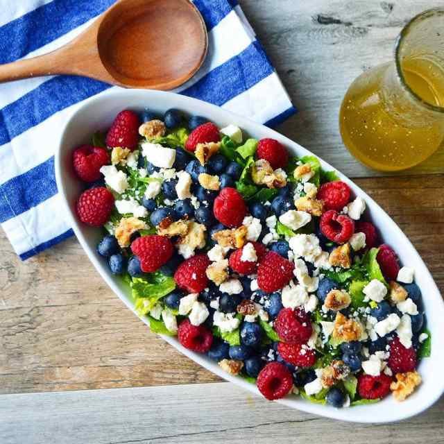 Nuts  Berries Salad with Fresh Berries Candied Nuts andhellip