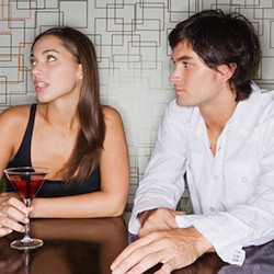 How To Tell if She's Enjoying Your Date (According To Science)