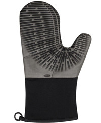oven mitts for guys OXO Good Grips Silicone Oven Mitt with Magnet