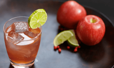 Cocktail Recipes: Crown Royal Regal Apple Crownberry