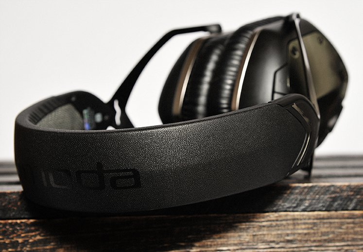 v-moda-headphones-web
