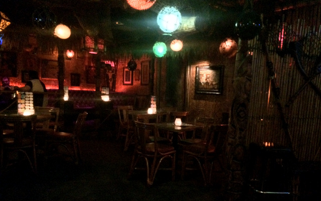 Frankie's Tiki Room, Las Vegas - Interior