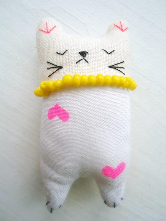modflowers: itty bitty kitties
