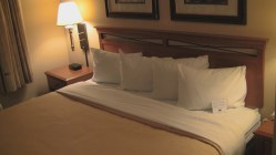 King Bed Country Inn and Suites