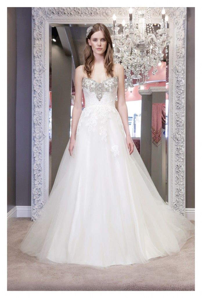 2 Be Couture Wedding Dress : Winnie couture wedding dresses fabulously dramatic and modern