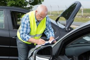 Przyczyniłeś się do wypadku samochodowego i jesteś poszkodowany? Co z odszkodowaniem?