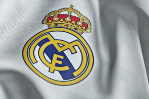 """سرقة منزل مدافع ريال مدريد.. """"ملابس وساعات"""" بقيمة 60 ألف يورو"""