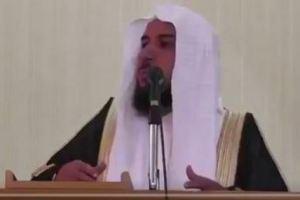 فيديو : خطيب يستنكر انتشار عربات بيع شاهي الجمر ويحذر من ترويج المخردات عبرها