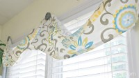 Easy No Sew Valance & 4 More No Sew Projects - Mom 4 Real