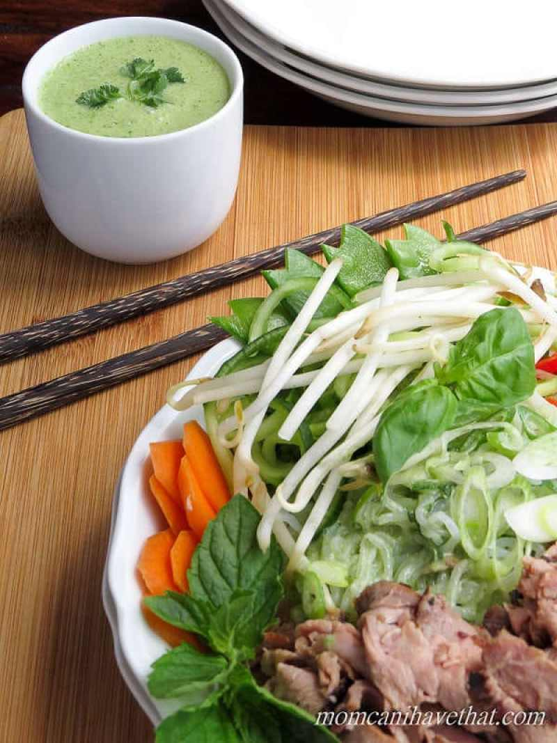 Thai Beef Noodle Bowls are full of beef, crunchy vegetables, and fresh ...