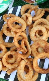 Easy Football Party Food (+ Honey Mustard Dip Recipe)