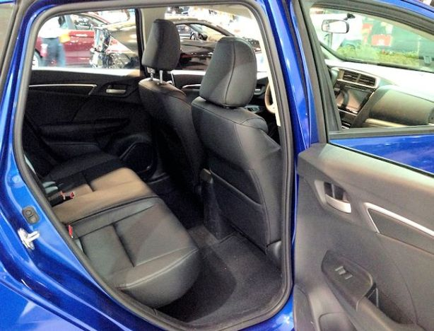 honda fit back seat cias