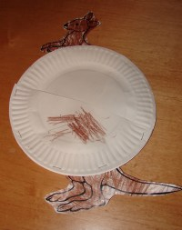 Kids Craft: Paper Plate Mama Kangaroo Pouch and Baby ...