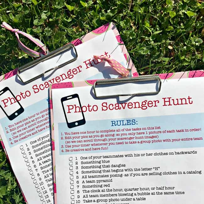 Photo Scavenger Hunt for Tweens! (free printable party game!) - MomOf6