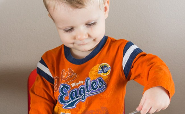 5 Montessori Practical Life Activities For Toddlers Moms