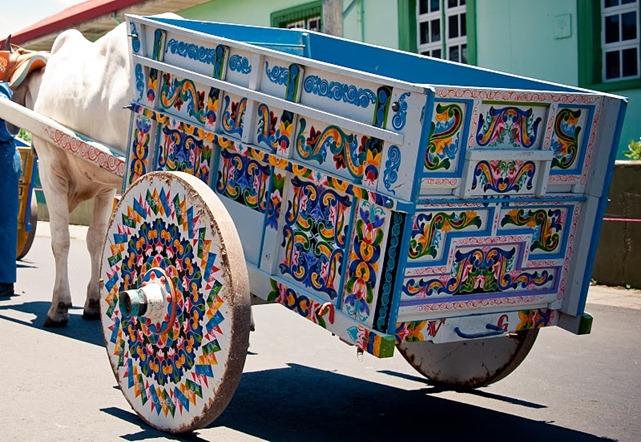 escazu-costa-rica-boyeros-carro